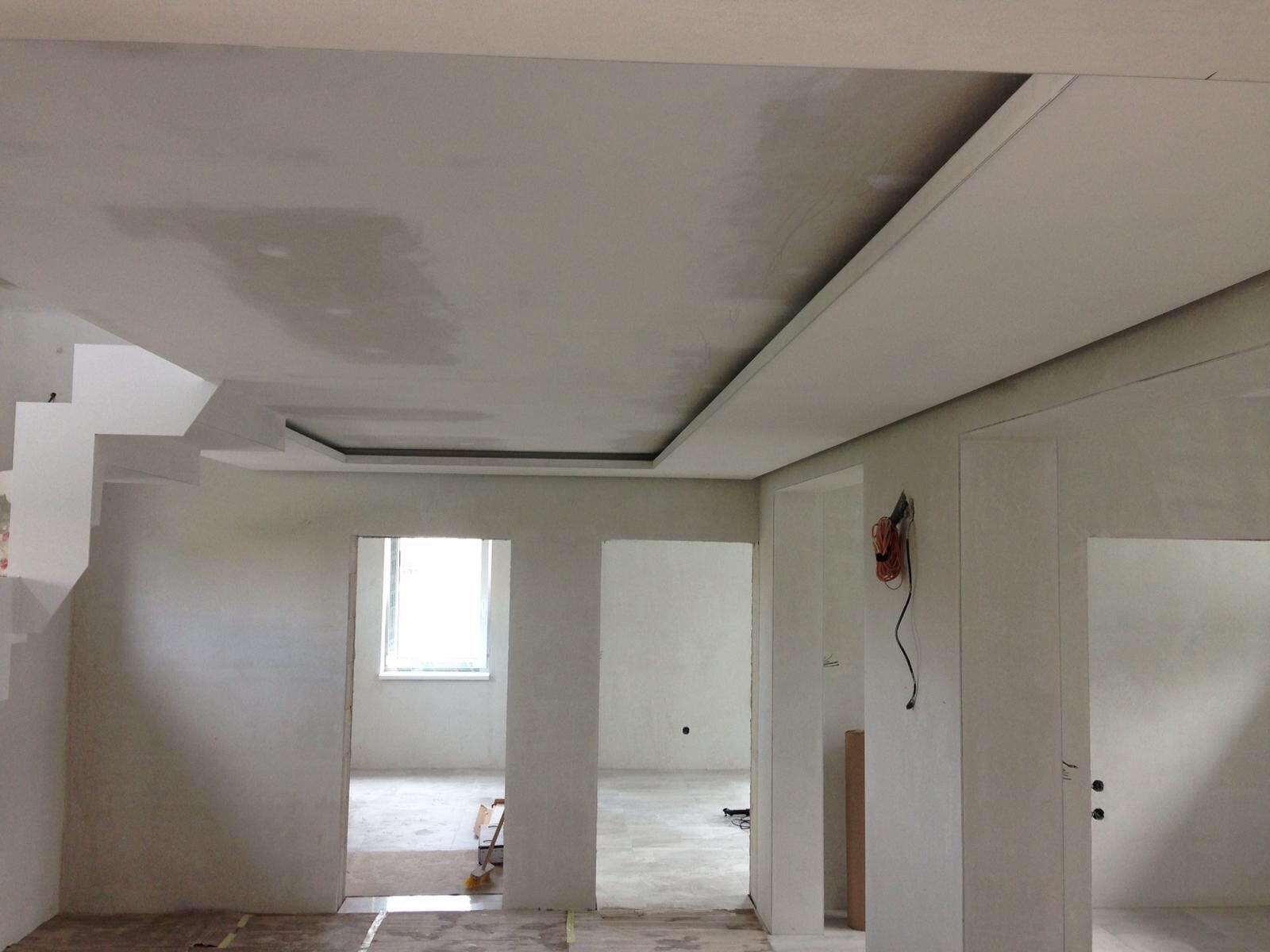 Stavebné práce Košice, rekonštrukcie bytov, rodinných domov a podnikateľských objektov, sadrokartónové stropy a priečky, úprava stien, bytové jadrá, kúpeľne